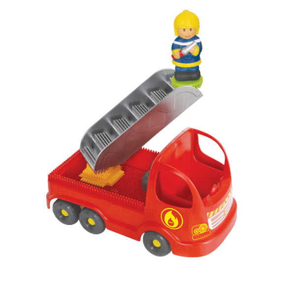 Fire Truck with Pin Bricks in a Box with a 3D Figure