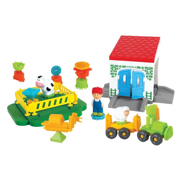 Pin Bricks Farm Building + 3 3D Figures in a Carton
